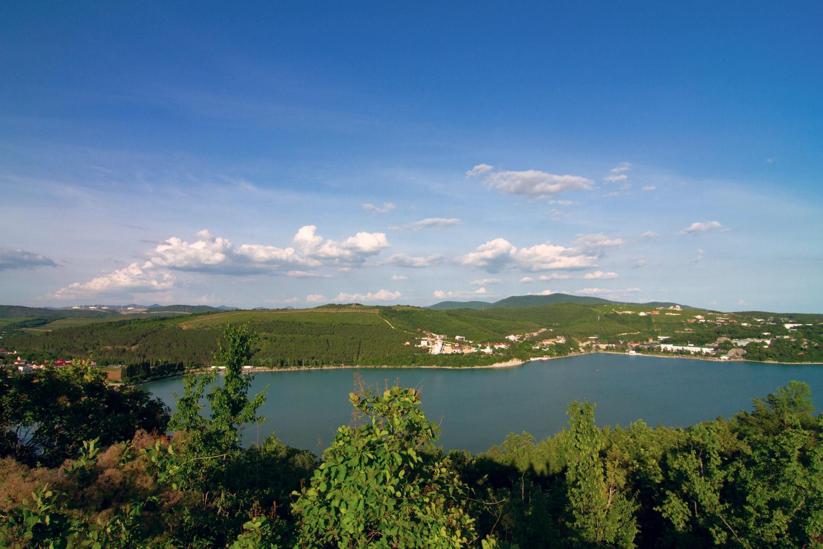 Смотровая на озеро Абрау с высоты