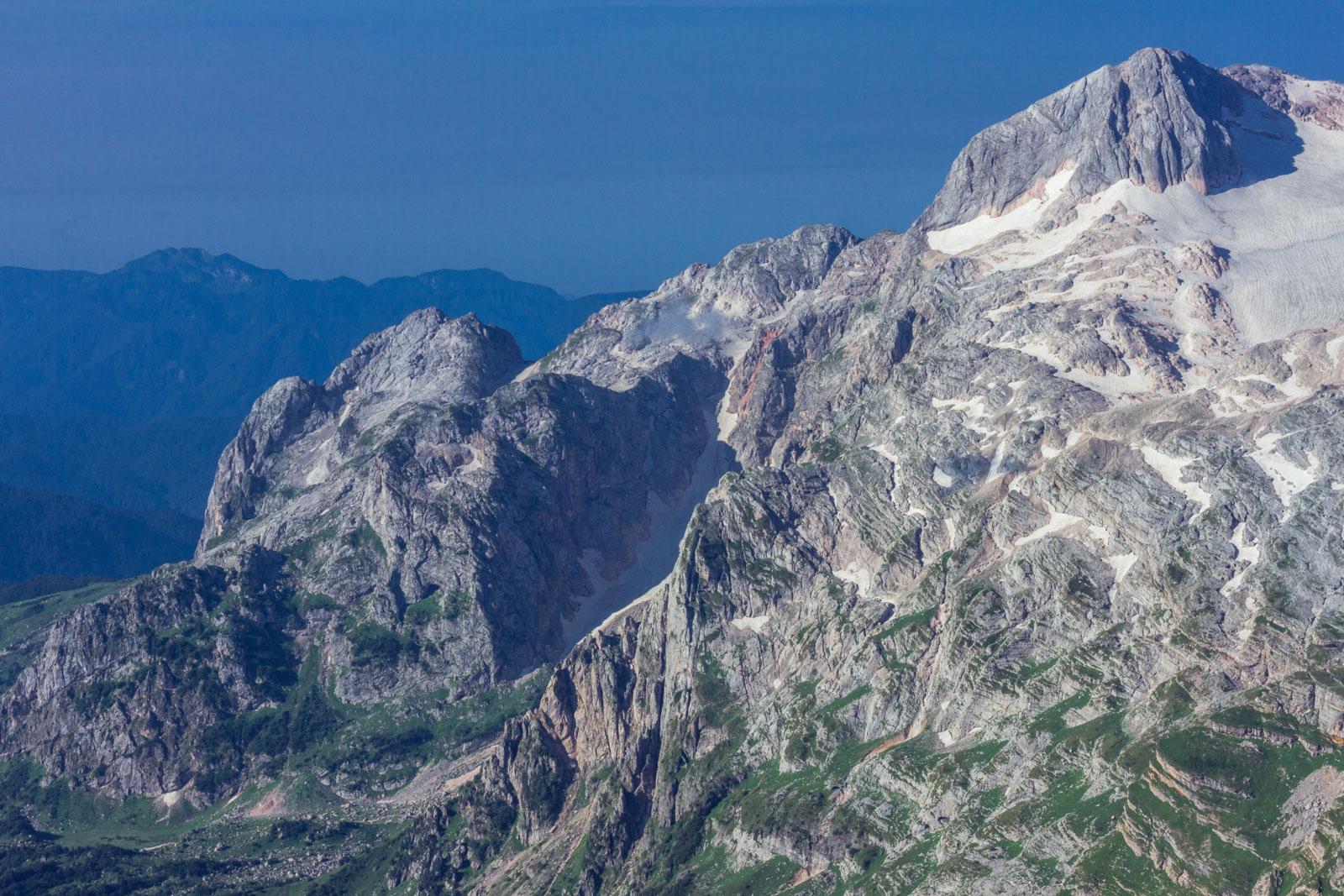 Гора красивая