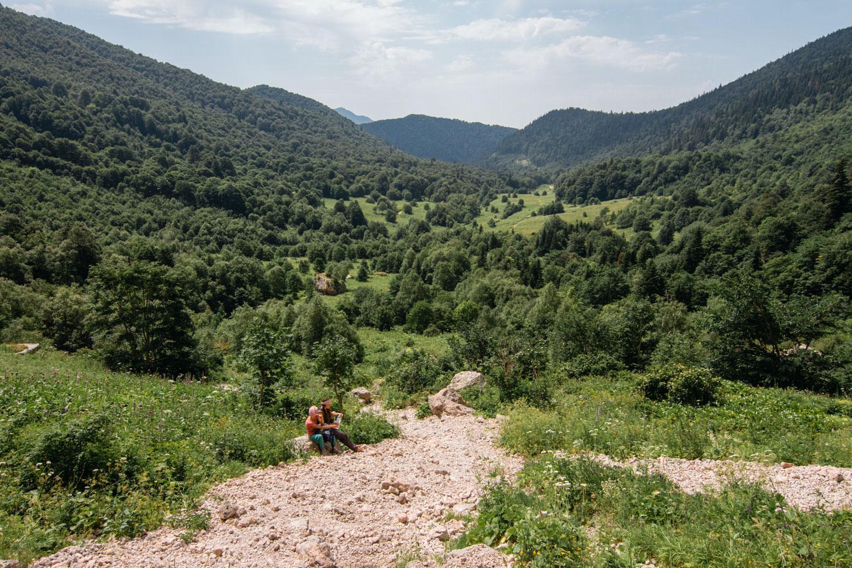 Вид на долину с Пшехского водопада
