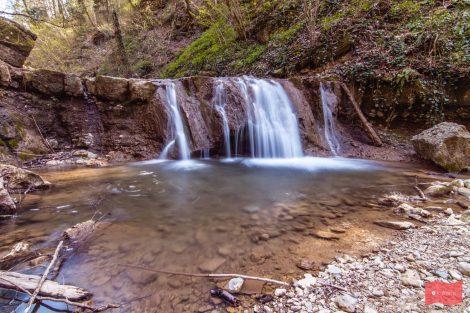 Каверзинские водопады в апреле