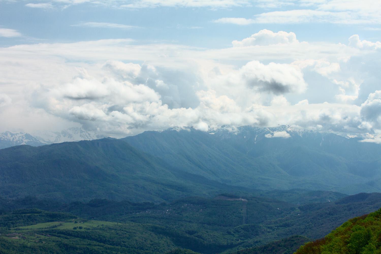 Панорама с башни Ахун