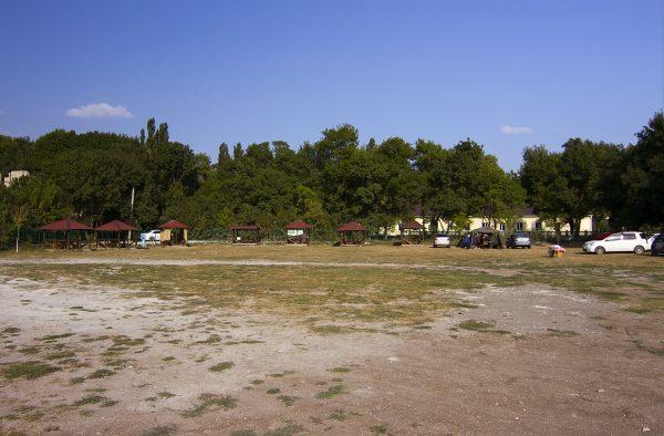 Кемпинг в поселке Южная Озереевка