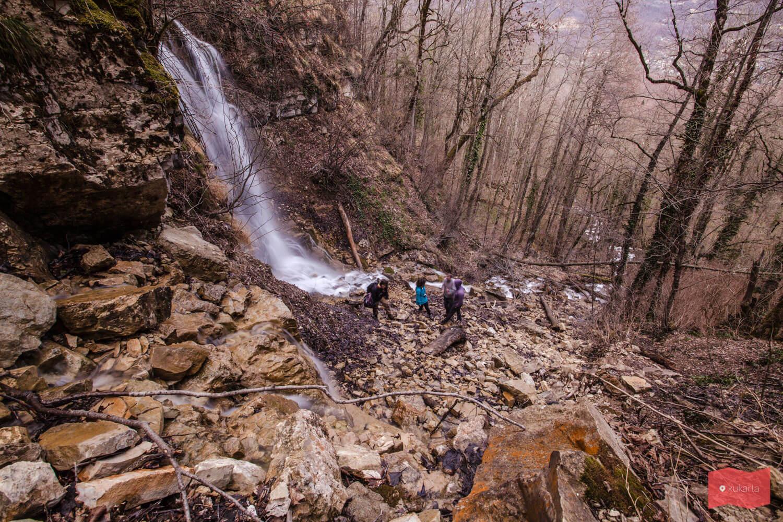 Лунный водопад, Алебастровая балка, Мезмай
