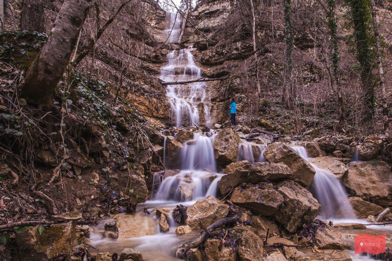 Водопад Алебастровый, Мезмай