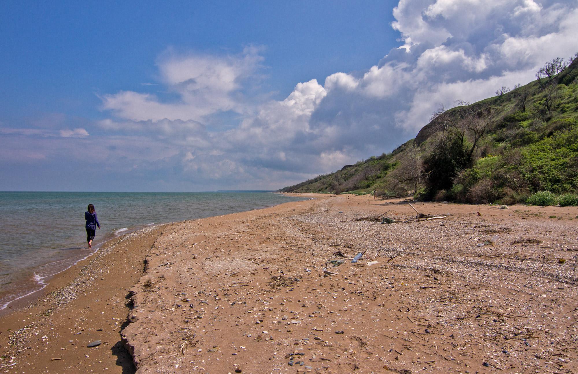 Дикий пляж на мысе Пелы