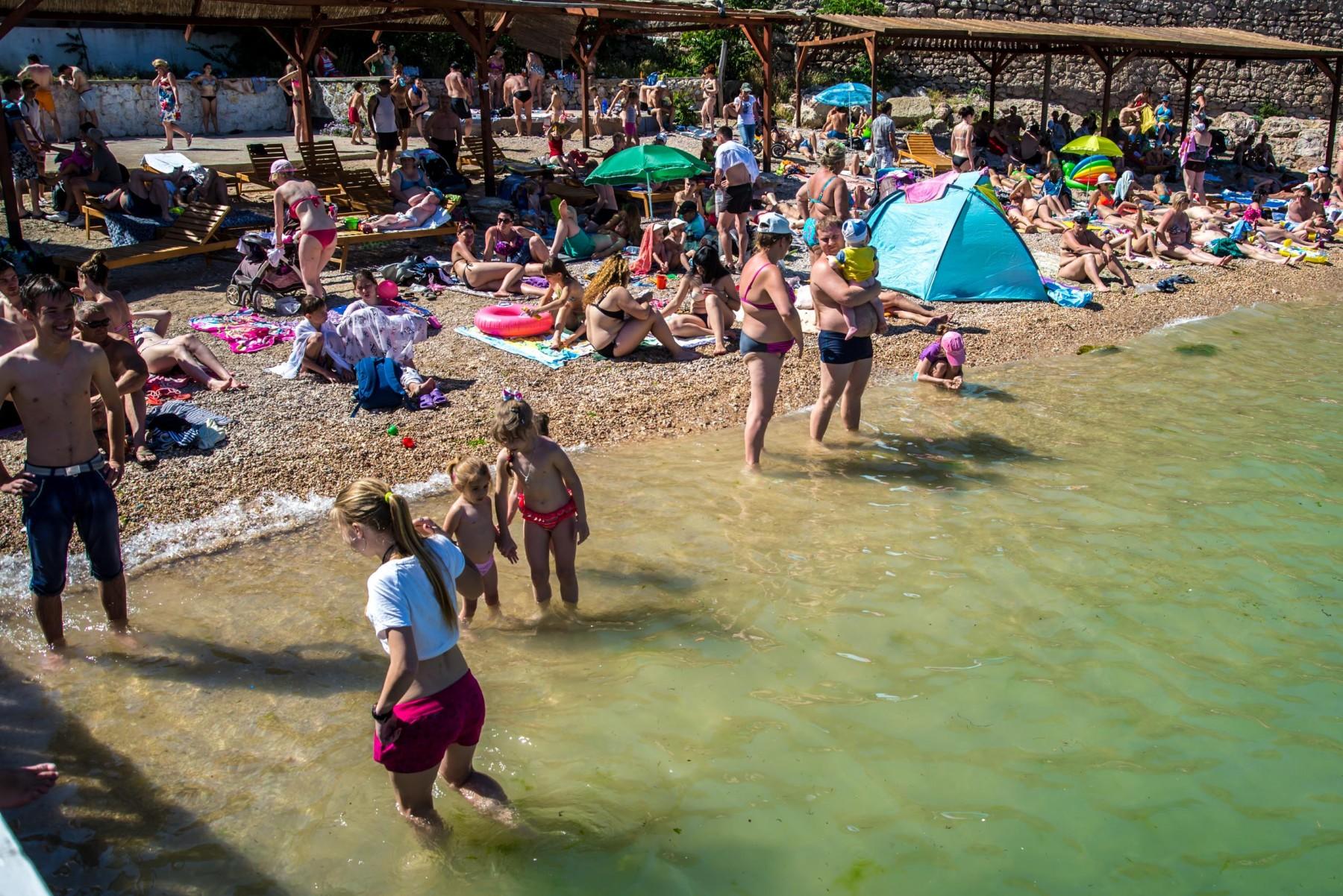 Пляж Мраморный в Балаклаве
