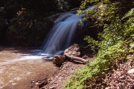 Водопад Шум, июнь