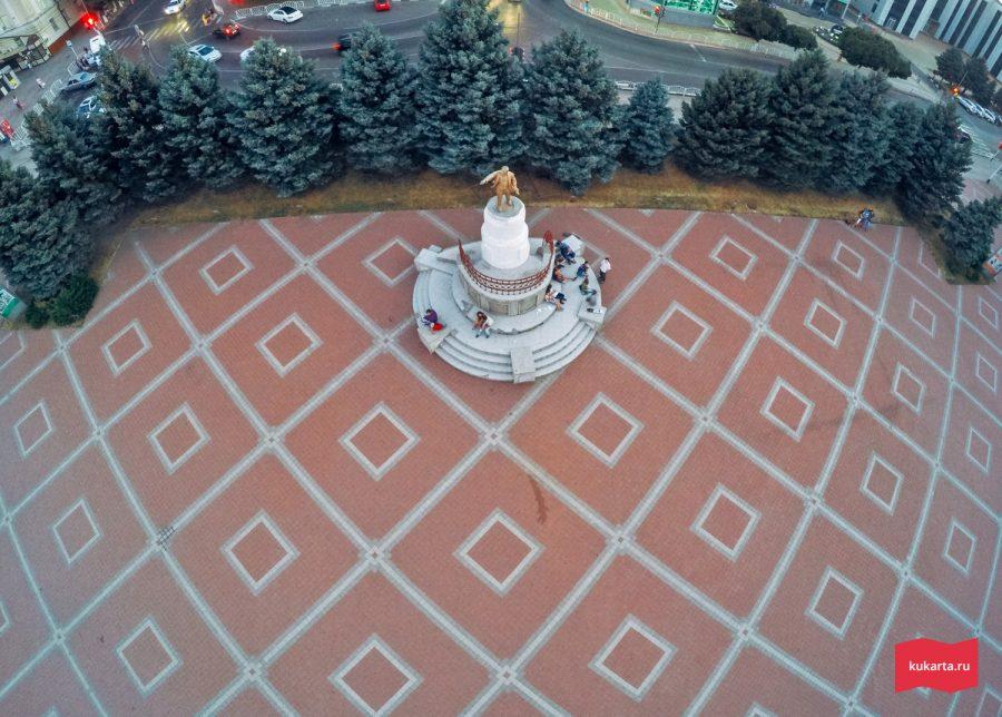 Памятник Ленину, Армавир