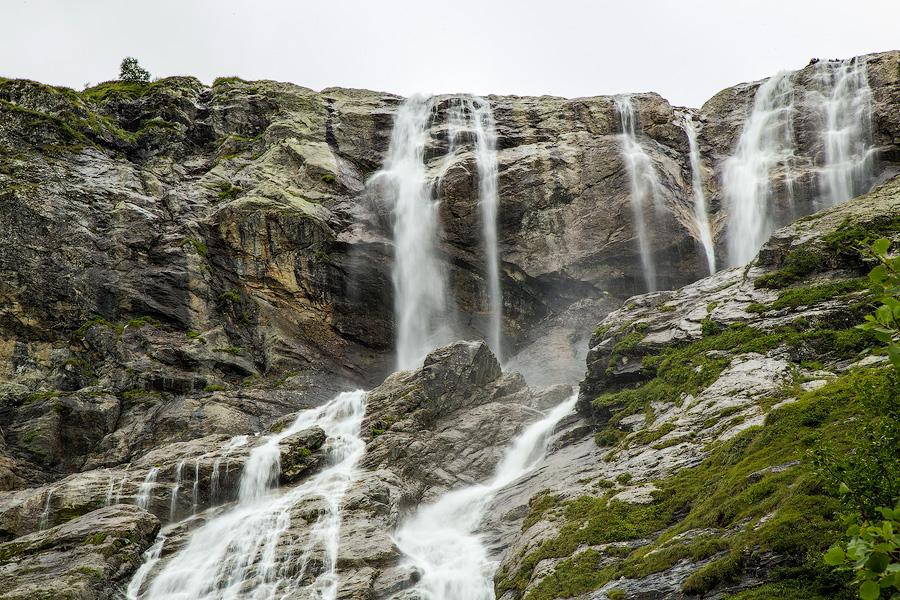 Софийские водопады