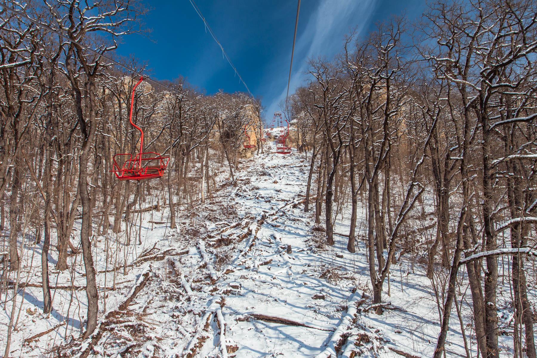 Савранская канатная дорога зимой