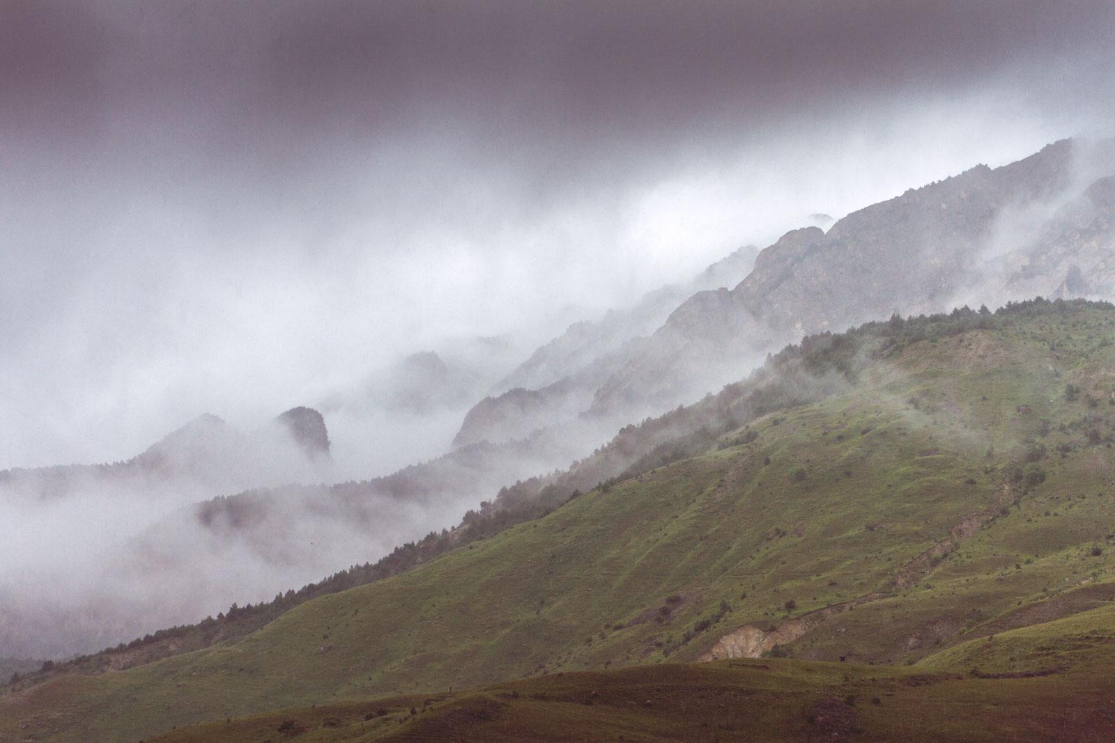 Замок «Фрегат», село Ханаз, Северная Осетия