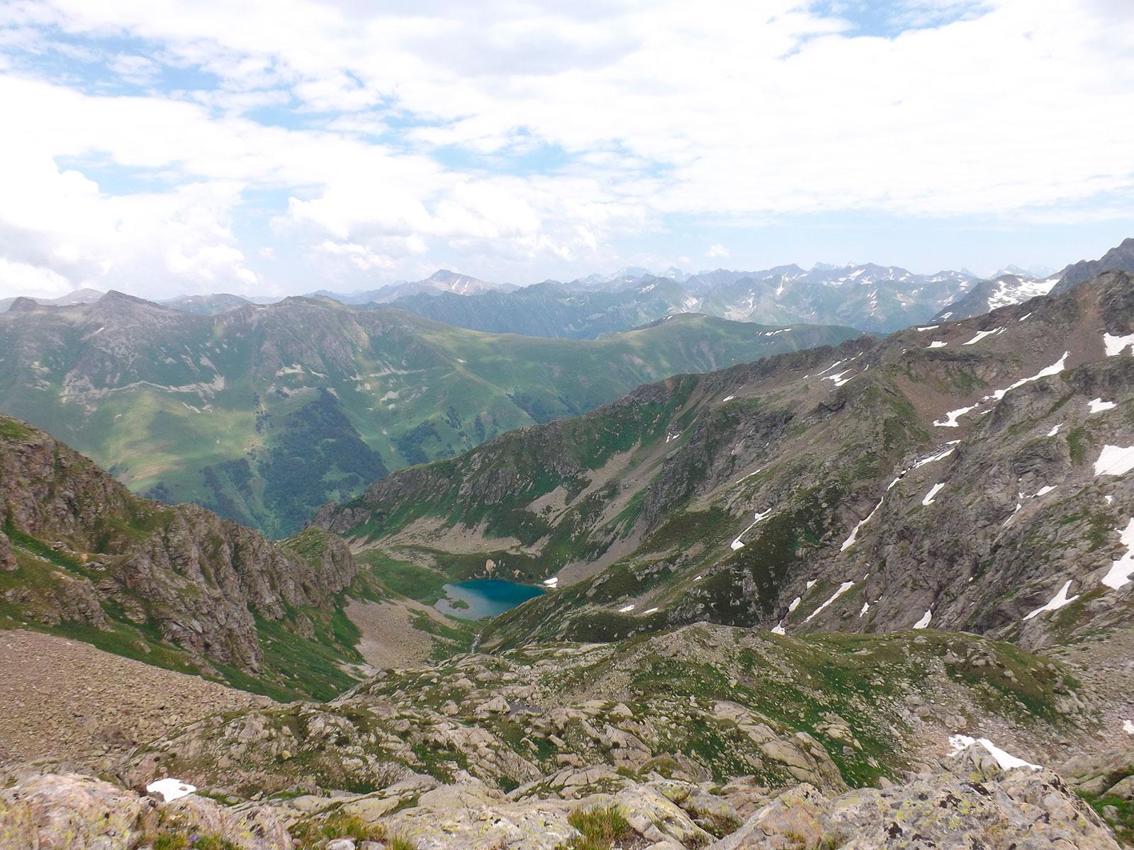 Озеро Айматлы-Джагатлы