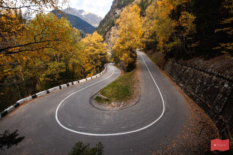 Дорога в Гоначхирском ущелье, Домбай
