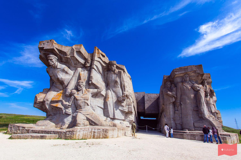 Аджимушкайские каменоломни, Керчь