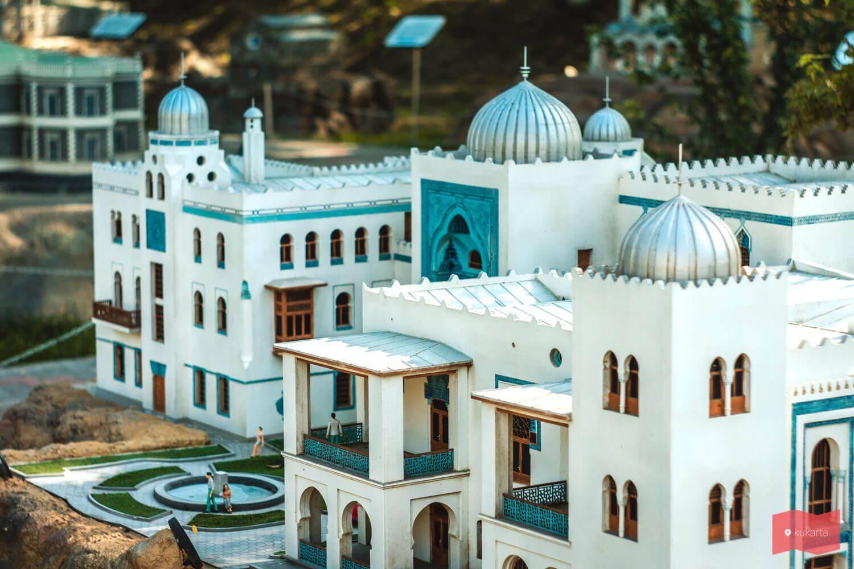 Крым в миниатюре, Бахчисарай