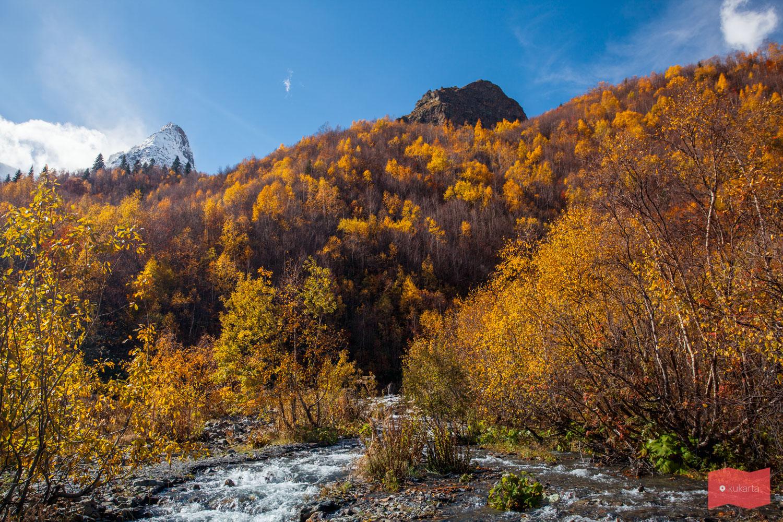 Виды по пути к леднику Алибек, Домбай