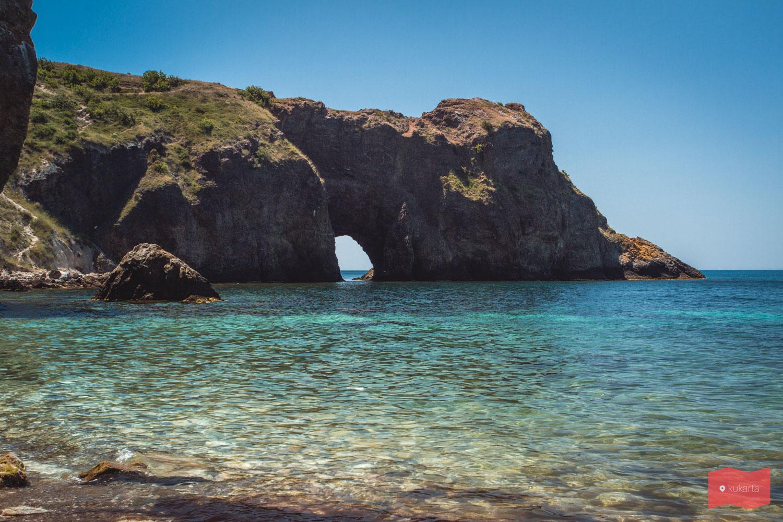 Грот Дианы, пляж Каравелла, мыс Фиолент, Крым